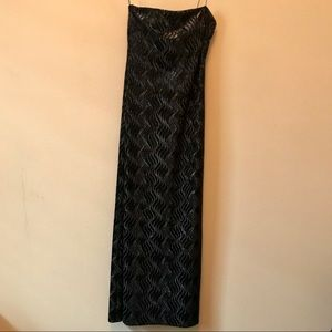 JS BOUTIQUE Black and Silver Gown